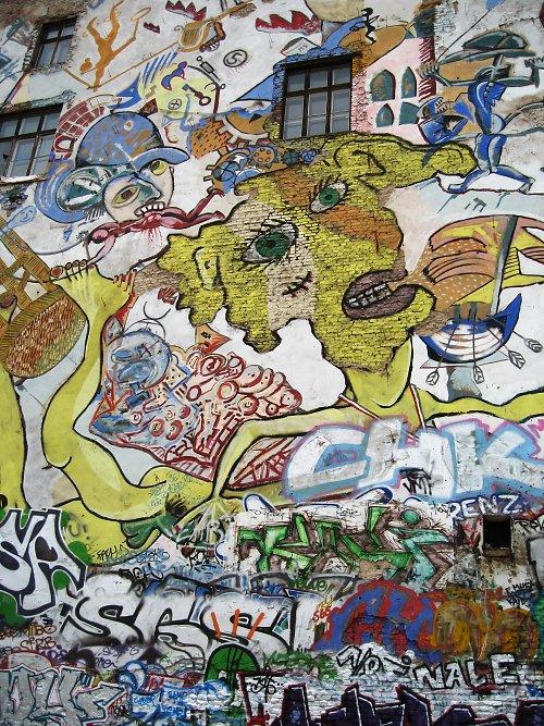 location: Berlin, Germany; time: July 2006