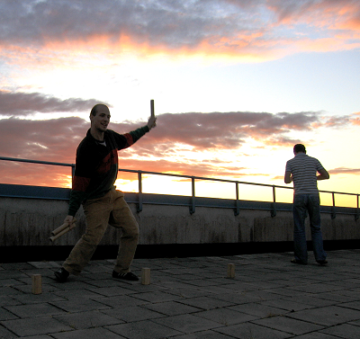 Kubb on the roof of one of the Flogsta buildings